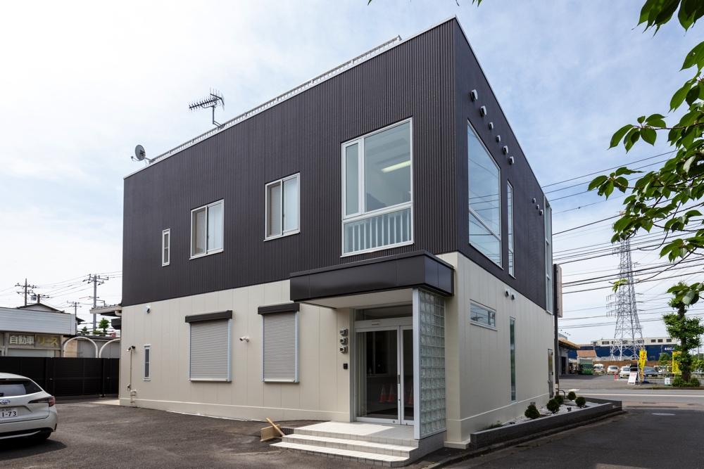 藤沢市の家族葬専用リビングルーム、ファミリーホール湘南台の外観